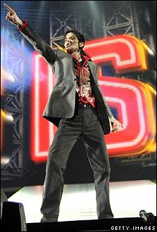 Michael Jackson Rehearsing