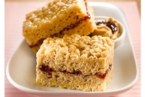 Peanut_Butter_and_Jam_Buddy_Squares