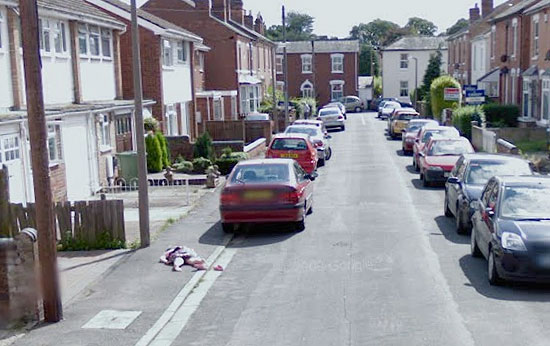 Dead Girl in Google Street View!