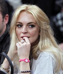 Lindsay Lohan's case to be further investigated