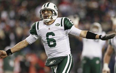 Mark Sanchez celebrates his touchdown