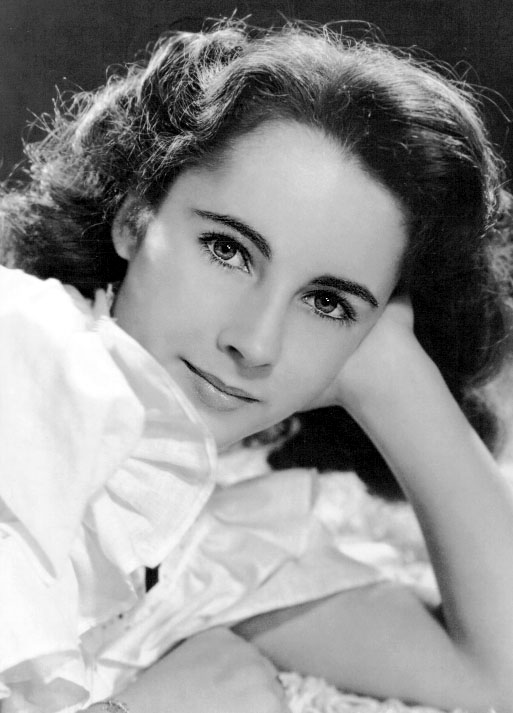 elizabeth taylor is no more she has died at the age of 79 caused by