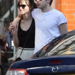 Keira-Knightley-Shows-Off-Engagement-Ring-During-PDA-Filled-Stroll-with-James-Righton-682x1024