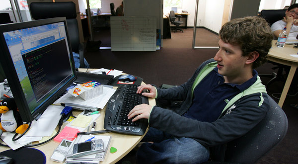 Mark Zuckerberg working in office