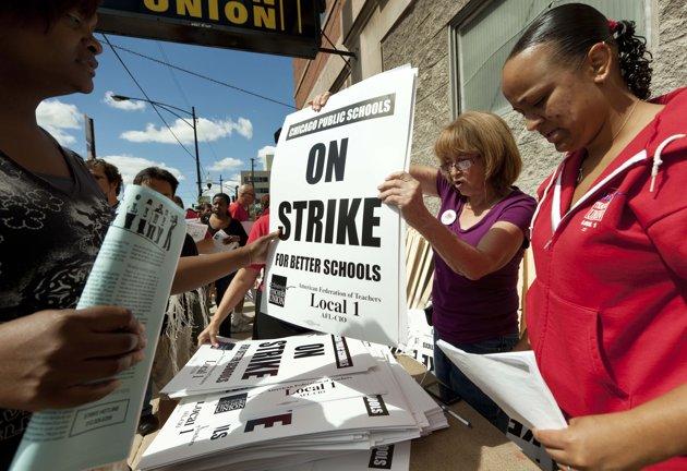 Chicago teachers to strike after talks fail