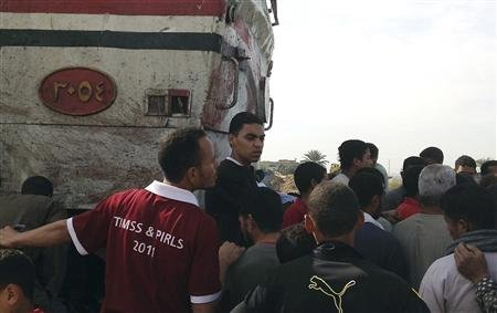 Train Crashes into School Bus in Egypt