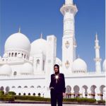 Rihanna-Hijab-Abu-Dhabi2