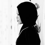 Rihanna-Hijab-Abu-Dhabi9