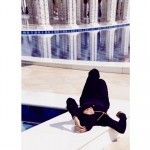 Rihanna-Mosque-Photo6