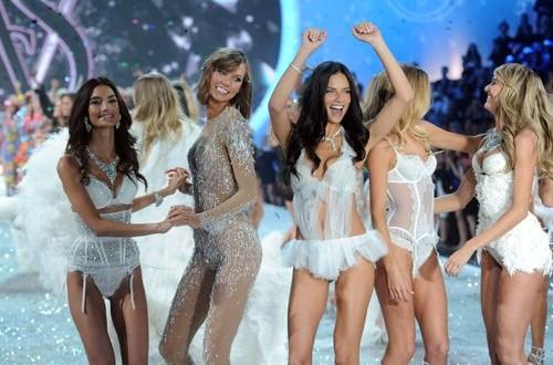 Victoria's Secret Fashion Show 2013 [PHOTOS]