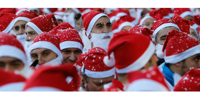 6000 Santa Clauses Run in Spain!
