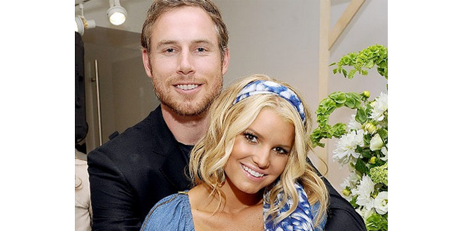 Jessica Simpson and Eric Johnson are Married!