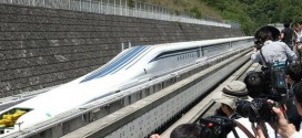 Japan's Maglev Train Sets New World Record @ 603kph (373mph)!